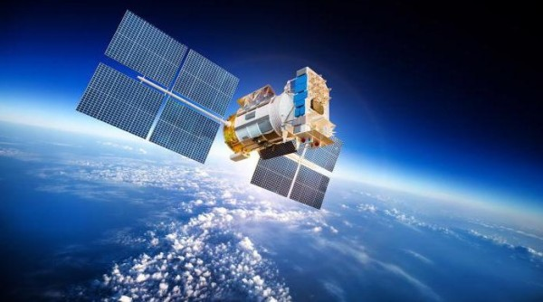 Роль спутников Земли